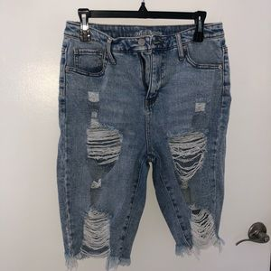 Wild and Fable Distressed cutoffs size 10